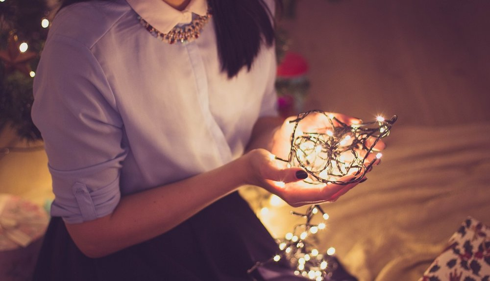 Tips For Making It Through The Holiday Season When You Feel Depressed